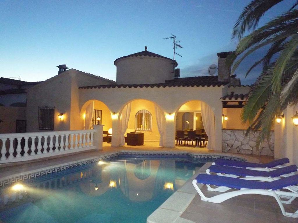 location maison empuriabrava