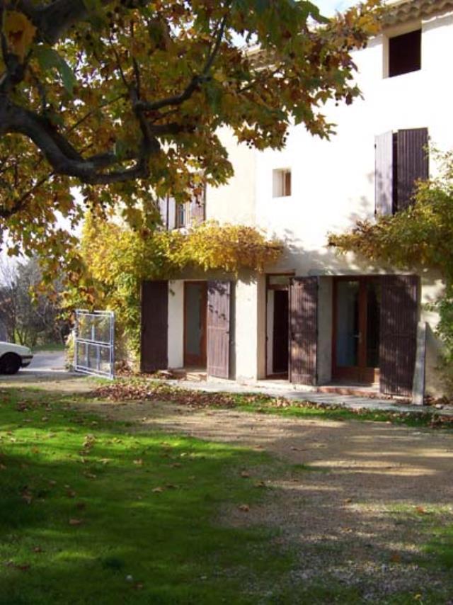 location maison uchaux