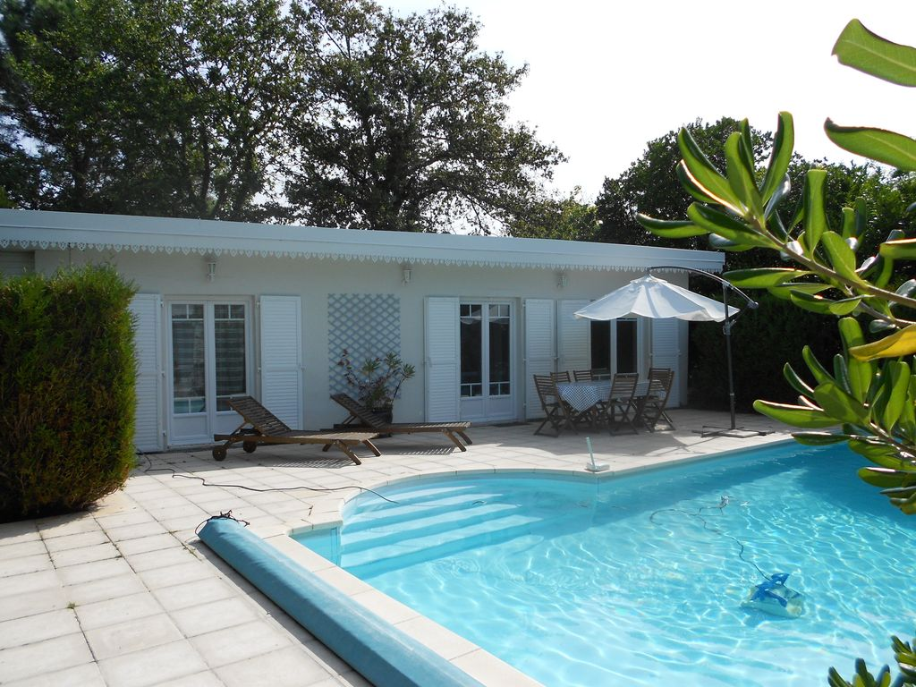 Location maison 5 personnes avec piscine - Location vacances avec piscine privee ...