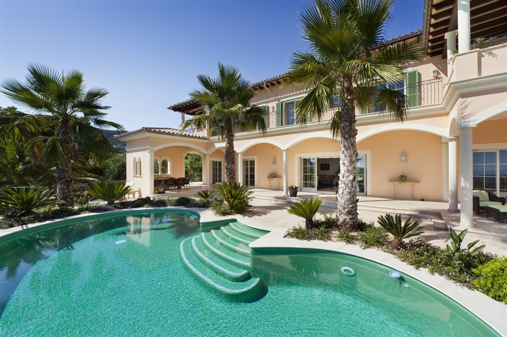location maison avec piscine palma de majorque avie home